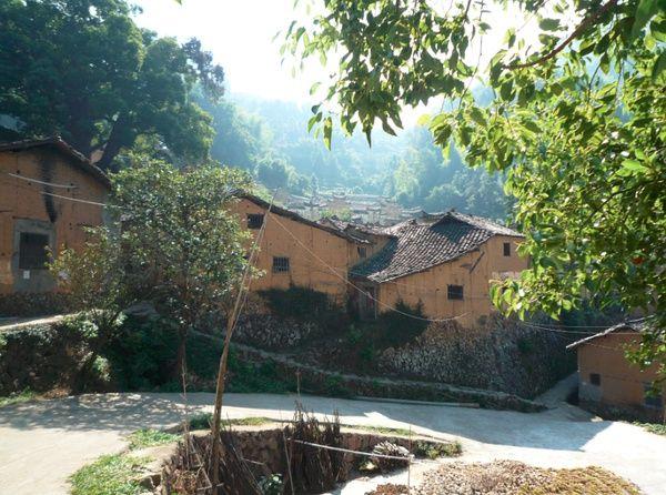 杨家堂村,主街与支弄之间的复杂关系,多重的高差被巧妙处理