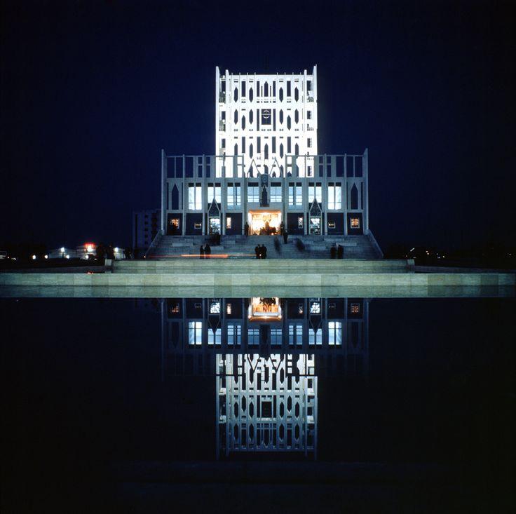 Giò Ponti (1891-1979) | Cattedrale di Taranto | 1970 | Photo: Archivio Giò Ponti