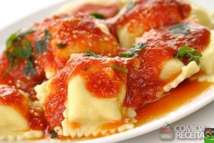 Receita de Ravióli com molho de tomate e queijos em receitas de massas, veja essa e outras receitas aqui!