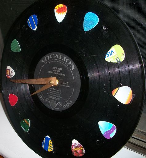 25 best vinyl record lp wallart images on pinterest for Crafts with old records