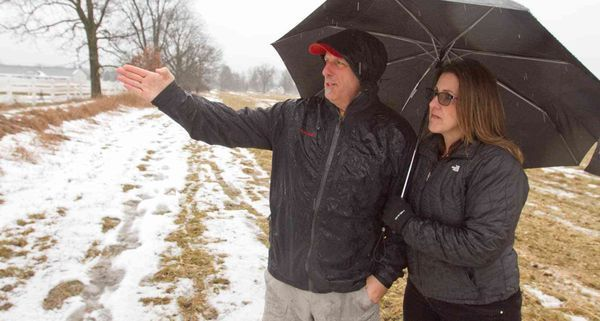 Homeowners being sued over plan to build 800-mile pipeline  Company behind ET Rover natural gas pipeline sues property owners in Livingston County for easements