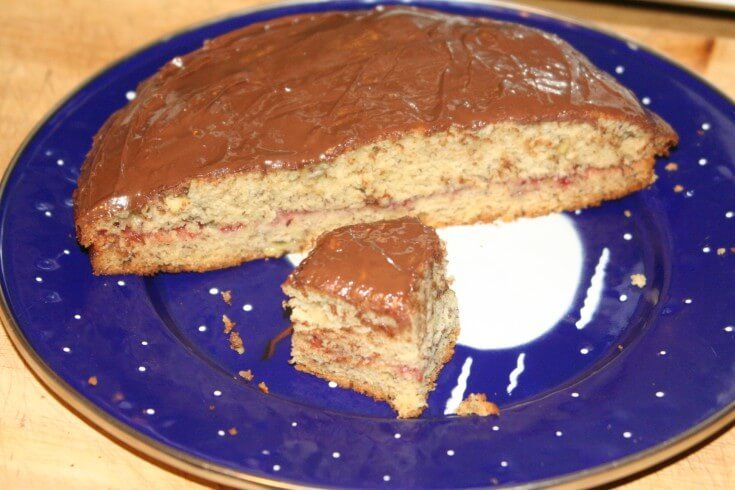 A 5-star recipe for Vegan Cake made with unbleached flour, sugar, baking soda, salt, water, vinegar, vegetable oil or