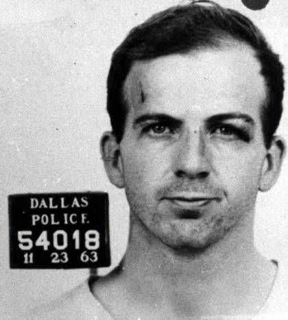 After his arrest, Lee Harvey Oswald was questioned in the deaths of President John F. Kennedy and Dallas police Officer J.D. Tippit. At about 3:30 p..m., District Attorney Henry Wade learns that he, not the Feds, will have the best chance at prosecuting Oswald in the president's assassination.