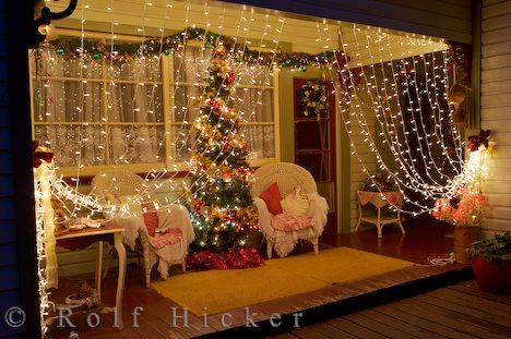 what a fun idea, lights on the patio!