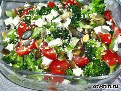 Салат с добавлением семечек подсолнечника