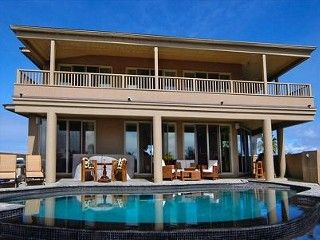 Lava Rock Villa - Best place to rent in the Beach Lots
