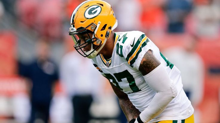The return of Morgan Burnett relegated Jones to a sub role. Against O.J. Howard and Cameron Brate, Dom Capers has to make better use of his versatile rookie.
