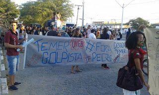 NONATO NOTÍCIAS: BONFIM: ESTUDANTES UNIVERSITÁRIOS REALIZAM PROTEST...