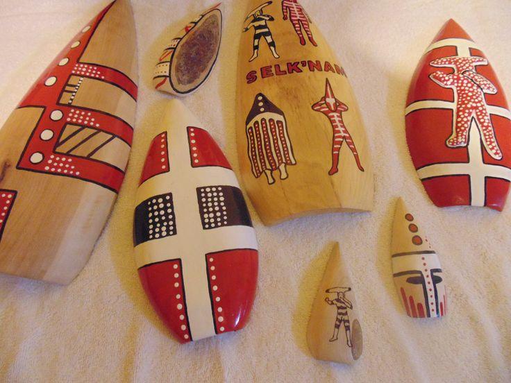 mascaras selknam de la cultura aborigen de tierra del fuego hechas a mano con (lenga) madera noble nativa del sur del mundo