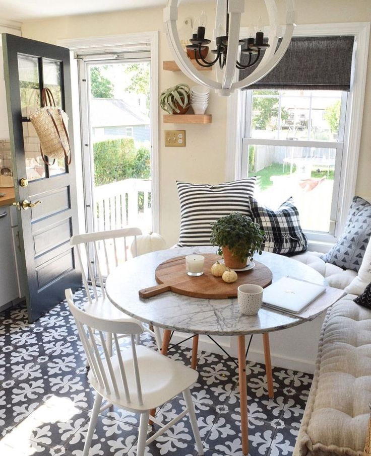 Adorable 65 beautiful small dinning table design ideas on - Small dining room ideas on a budget ...