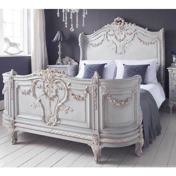 Luxury bed - French Bedrooms