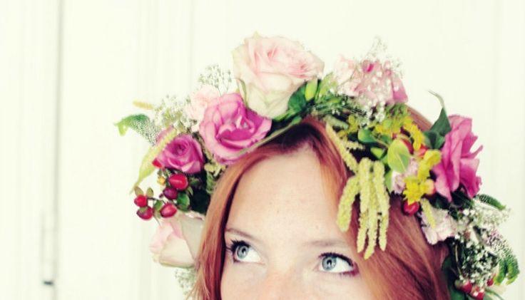 Hoe maak je zelf een bloemenkrans