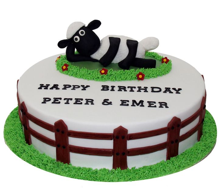 Shaun the Sheep Cake Like us at www.facebook.com/melianndesigns