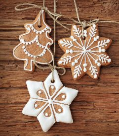Sweetpea Pantry. Make your own Christmas tree decorations with our delicious Ginger Giggles!