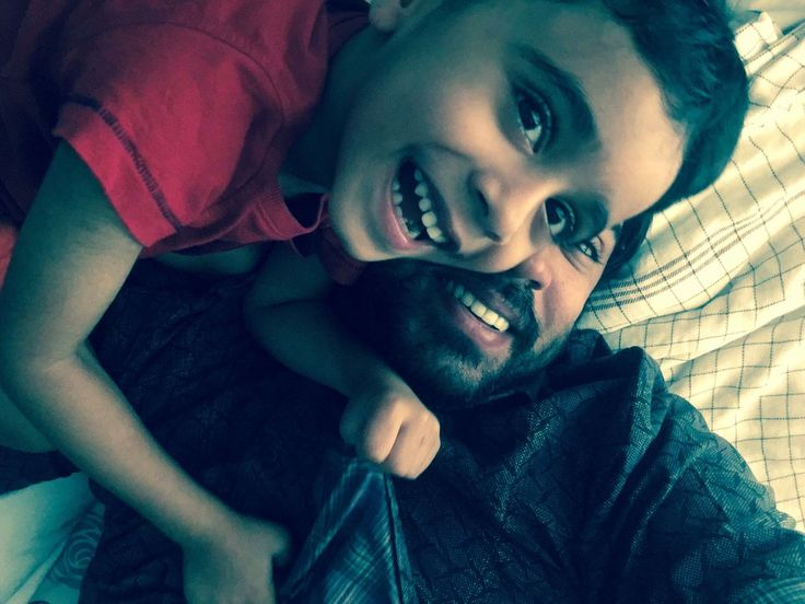 Nivin Pauly is a south Indian Actor. Today His Son Daveed Pauly Birthday he is celebrating his son's Birthday with his wife Rinna Joy Daveed aka Dada, Nivin's little son, turns 5today (June 2nd, 2017). Nivin Pauly shared a Pic with his son in social media and wished him.