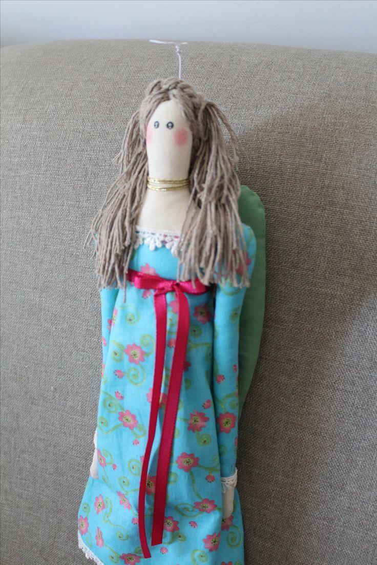 Angel doll - boneca de tecido feita à mão modelo anjo com auréola feita em arame.Cabelos feitos com linha de tricô.