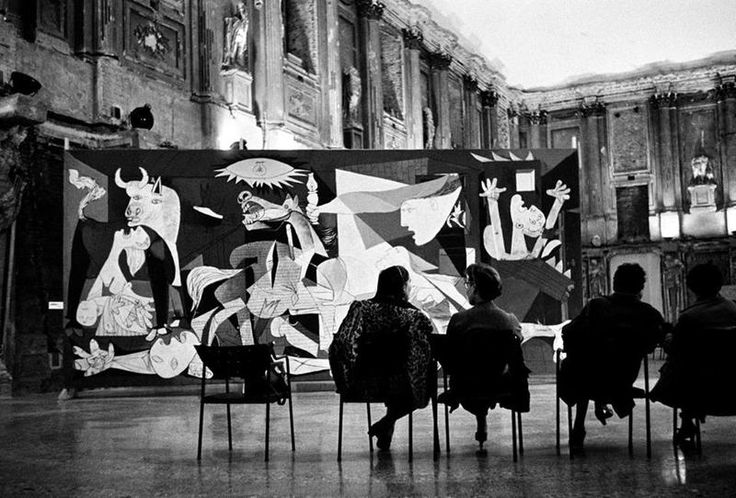 "1953, Picasso's ""Guernica"" is in view. René Burri"