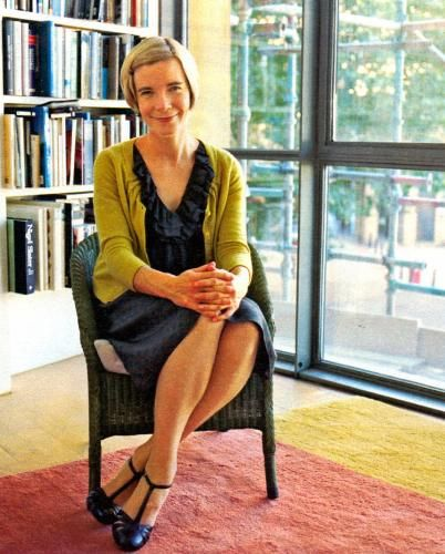 Dr. Lucy Worsley: A woman to emulate!