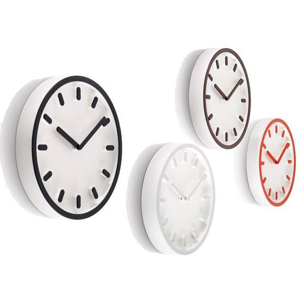 Magis Tempo klok. Tik tak tik tak, helemaal bij de tijd is deze #klok van @magisdesign #klokken #design #Flinders