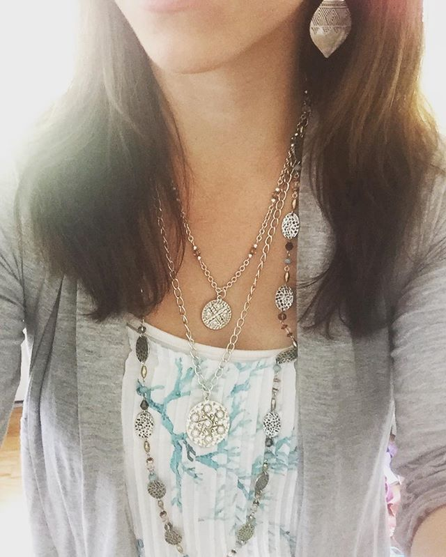 Seriously loving my combo today of #stunning (top two of 4 layers) and #willow…