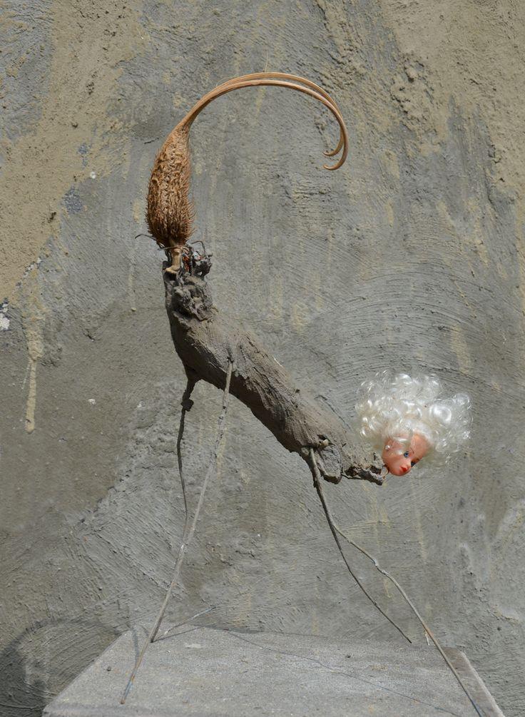 Jheronimus Bosch als inspiratiebron- metaal-cement-barbiehoofd en zaaddoos