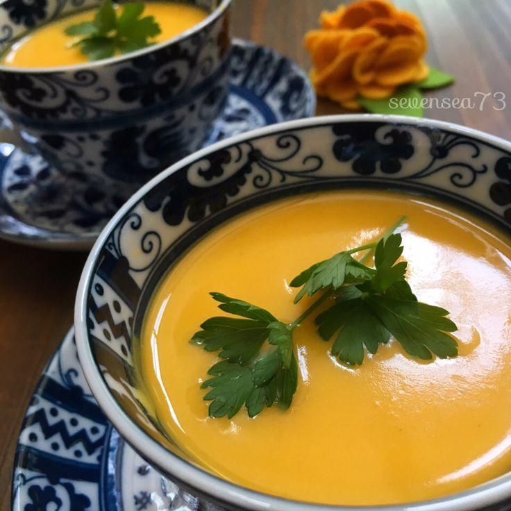 七海's dish photo バターナッツかぼちゃのつめたいポタージュ | http://snapdish.co #SnapDish #レシピ #夏バテ&熱中症対策料理2016 #ハロウィン #ジューサーの日(10月3日) #牛乳の日(9月2日) #ポタージュ