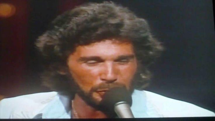 Suspicions Eddie Rabbitt (Live 1979) I love listening and seeing him!!