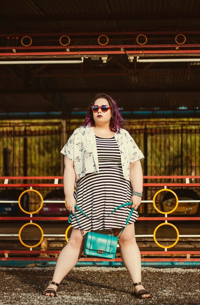 plus size look with stripes