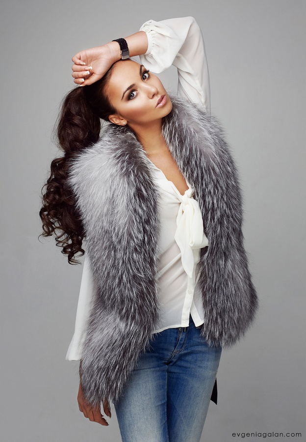 simply Gorgeous Silver Fox Fur Vest + lovely model too.