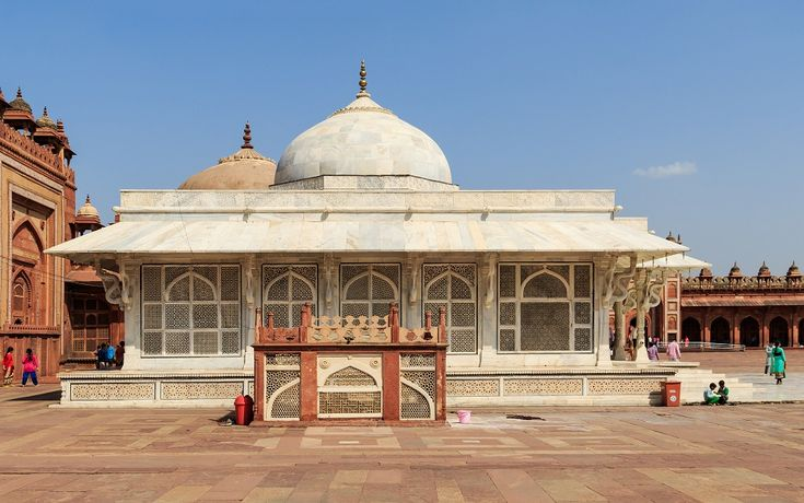 #1_Night_2_Days_agra_tour Explore #Agra, #Taj_Mahal, #Fatehpuri_Sikri and their local market with #Tours_craft. Book Now and get best deals from trusted agents