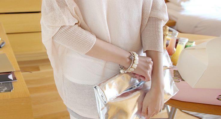 Korea Womens Luxury Shopping Mall [mimindidi] #koreafashionshop #Fashionwomen #korea #dailylook #dailyfashion #outer #tops #blouse #knit #cardigan #dress #skirt #pants #bag #shoes #acc #summerwear #koreafashion #clutch #summerbag #womenbag #dailybag #fashionablebag Metallic Metallic bag / Size : Free / Price : 44.89 USD