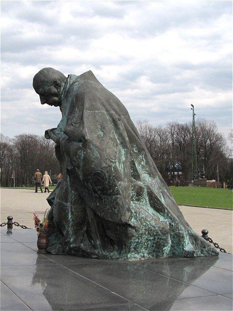 jan kucz, pomnik wyszyńskiego w częstochowie, 1997