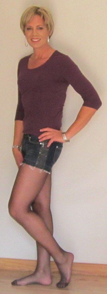 Leather Prerogative   Mini skirts, Fashion, Leather skirt