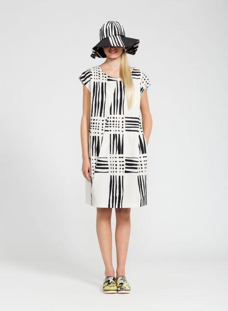 Nuotta-mekko (l.valkoinen, musta)  Vaatteet, Naiset, Mekot ja hameet   Marimekko