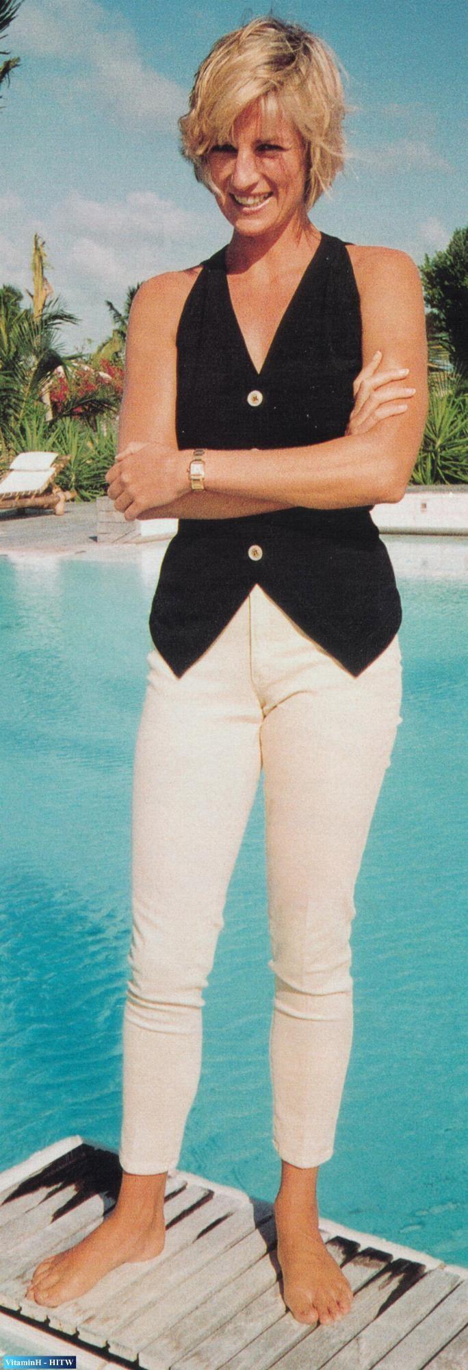 Princess Di on vacation at the K Club in Barbuda (1997)    .