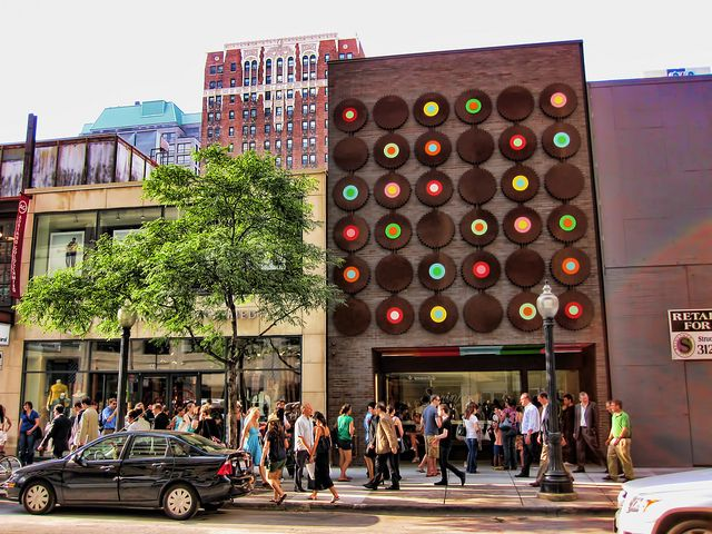 Sprinkles Cupcakes Chicago-- SUCH  cool building. can my house look like this?