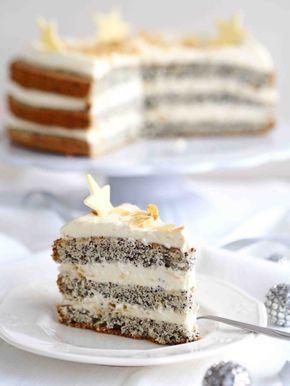 Tort kutia to tort z makiem, delikatnym kremem z serkiem mascarpone, kremówką i miodem.