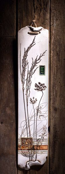 Botanical pieces have been pressed into the wet clay to create the elegant look of those wall plaques.Varied textures and vibrant colors make them an exquisite piece of the home decor. A Velmar exclus