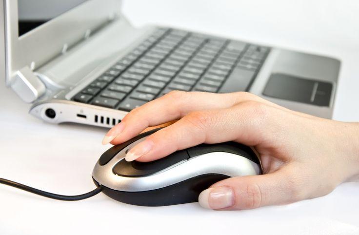 PC Grundkurs für Anfänger 1 Jeder Anfang ist schwer... Nach allen absolvierten Kursen wird ein persönliches Zertifikat ausgehändigt! Alle PC Kurse halten wir im eigenen Schulungsraum ab.  PC, Monitor, Tastatur, Maus, USB Stick und Internet sind vorhanden! Die Aufgaben werden ganz genau erklärt und über Beamer auch Visuell dargestellt.