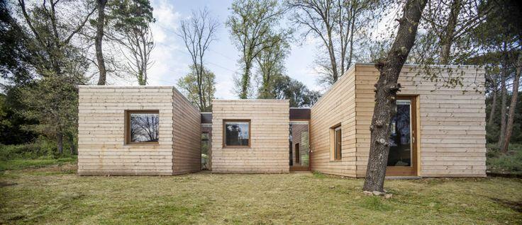 Casa GG : Casas de estilo moderno de Alventosa Morell Arquitectes