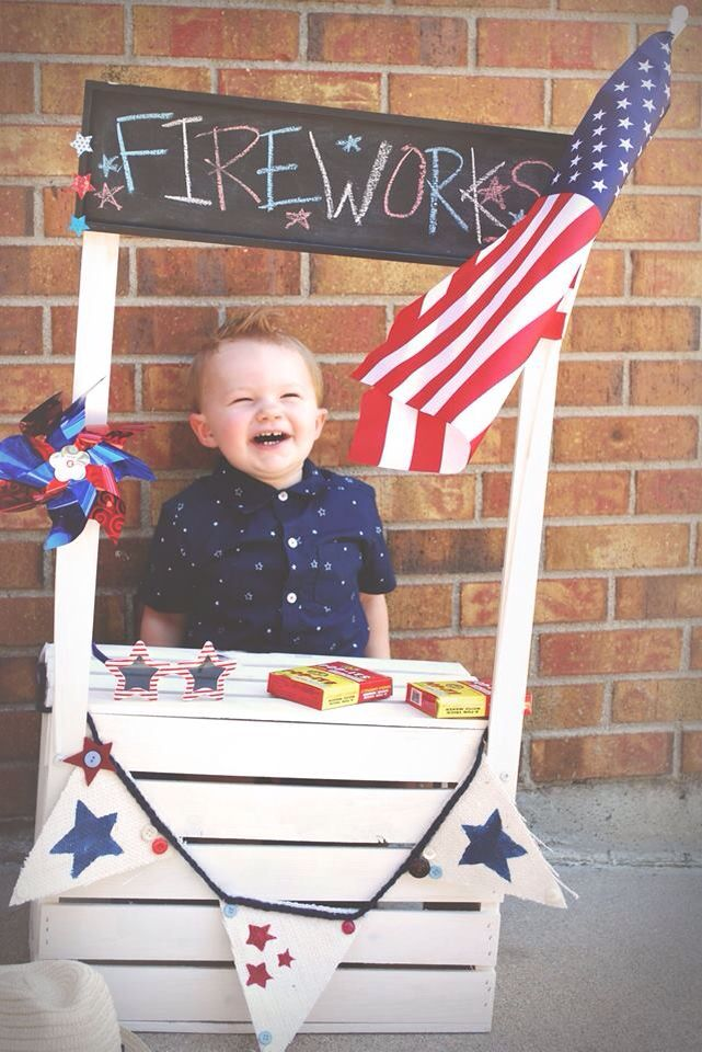 Kissing booth turned into firework stand prop