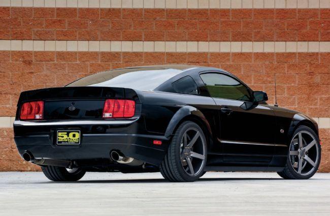 2005 Ford Mustang GT - Hyde & Sleek