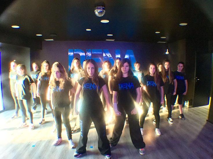 Uno de los equipos de formación de baile y danza moderna de Lydia en Dena Bilbao