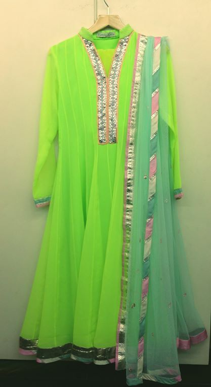 Go Neon with Kanika Kedia!