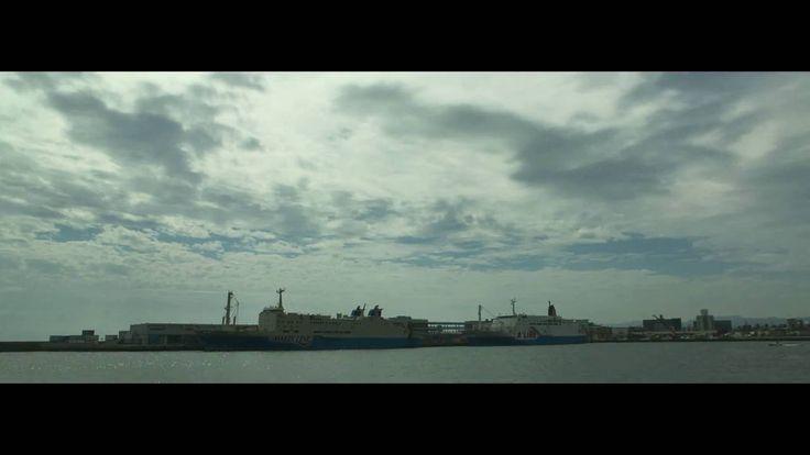 鹿児島市の風景 鹿児島新港から望む雲と貨物フェリー新さつま出航をタイムラプス動画で Shot on iPhone