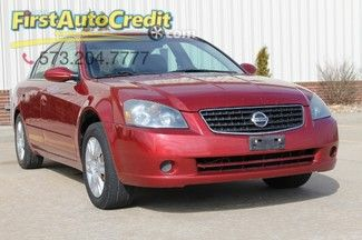 Check out this 2006 Nissan Altima 2.5 S in Red from First Auto Credit in , MO 63755. It has an automatic transmission. Engine is 2.5L DOHC I4. Call Customer Service at 573-204-7777 today!