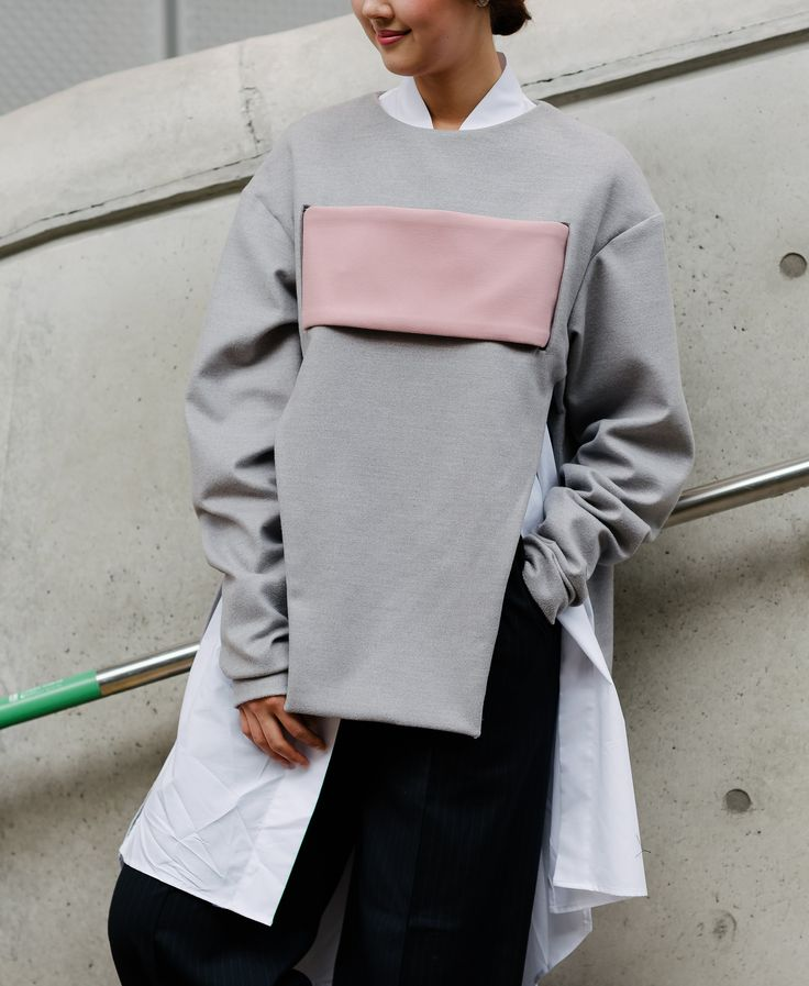seoul-fashion-week-2015-street-style-day-4-10                                                                                                                                                                                 More