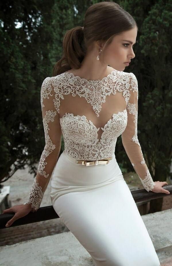 Minus the bow around the waist, I'm absolutely in love with this wedding dress