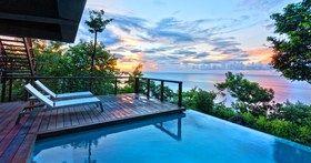 Luxury Link - bid on luxury vacations and honeymoons at huge discounts