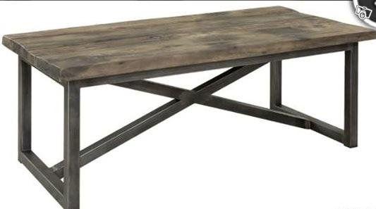 Matbord i vintage/ Stål Design